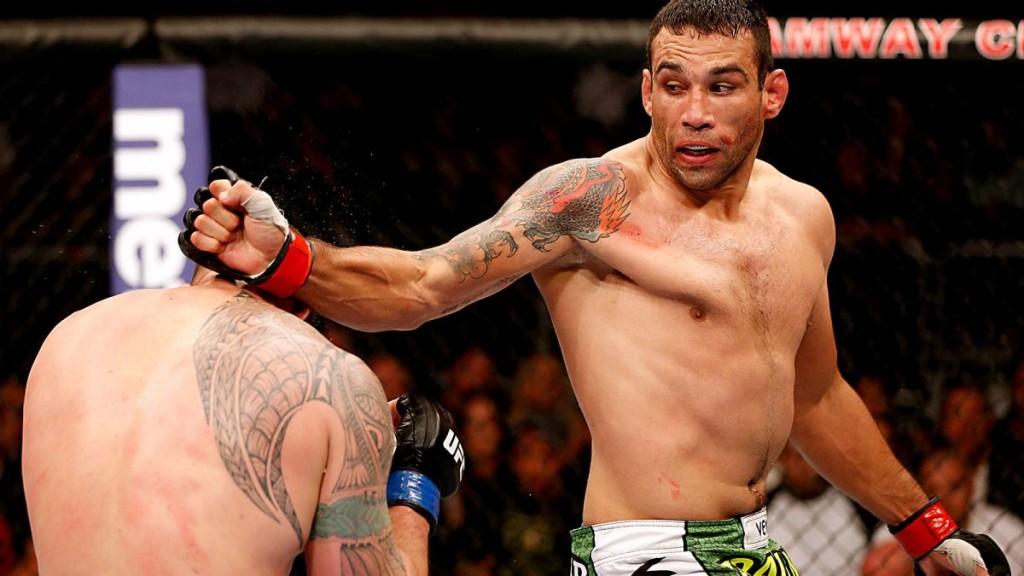 042214-UFC-fabricio-werdum-punches-travis-browne-ahn-PI.vresize.1200.675.high.44