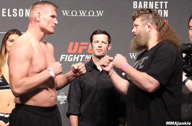 josh-barnett-roy-nelson-ufc-fight-night-75