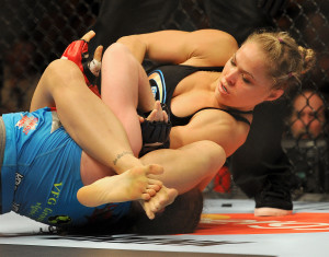MMA: Strikeforce-Rousey vs Kaufman